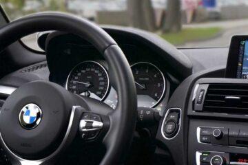 rideshare driver car
