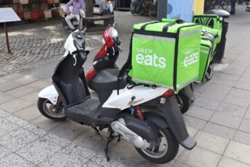 uber eats scooter park
