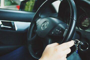 rideshare driver waiting